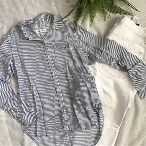 Abercrombie and Fitch navy blue &white button down